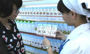 Tập đoàn TH ra mắt bộ sữa hạt TH True Nut cho người Việt