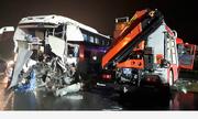 Xe cứu hỏa tông ôtô khách, 11 người bị thương
