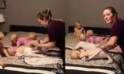 Bà mẹ trẻ quay cuồng với bốn đứa nhóc 'siêu quậy'