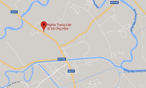 Khu vực nghĩa trang liệt sĩ xã Ứng Hòe, hiện trường xảy ra vụ tai nạn giao thông khiến nữ sinh tử vong.