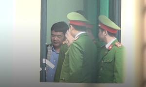 Ông Đinh La Thăng ra toà lần hai với cáo buộc gây thiệt hại 800 tỷ