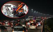 'Tắc nghẽn Pháp Vân - Cầu Giẽ: Người Việt không tuân thủ luật lái xe trên cao tốc'
