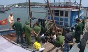 4 ngư dân bị xích trói trên tàu cá ở Quảng Ngãi