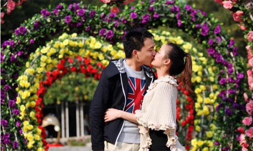 Thế hệ trẻ Trung Quốc đang ngày càng mạnh dạn phá bỏ những rào cản trong quan hệ