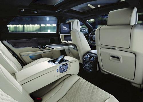 Jaguar XJL định nghĩa mới về văn phòng di động.