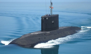 Bữa ăn với trứng cá hồi và rượu vang của lính tàu ngầm Kilo Nga