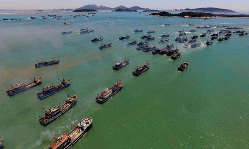 Tàu cá Trung Quốc. Ảnh: Xinhua.