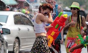 Thái Lan khuyên phụ nữ không mặc hở hang để tránh bị quấy rối