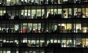 Hàn Quốc tắt máy tính để nhân viên không ở lại công sở muộn