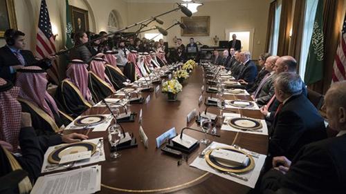 Cuộc họp không có phụ nữ giữaThái tử Mohammed bin Salman vàTổng thống Donald Trump