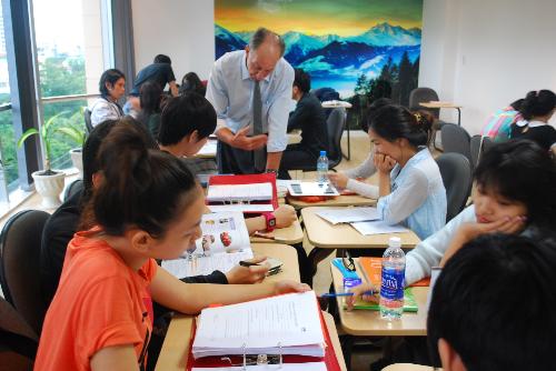 Quản trị kinh doanh nhận bằng do Học viện PSB Singapore cấp
