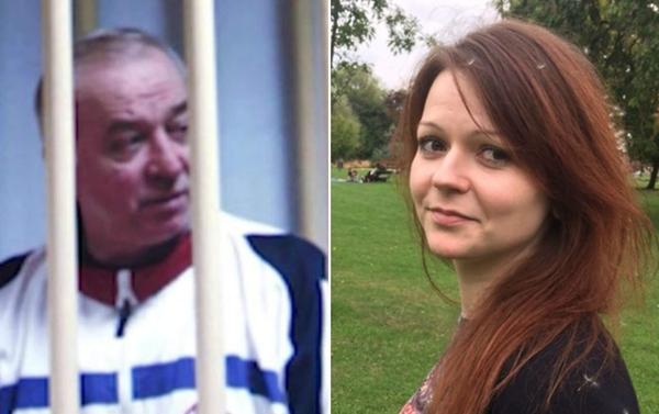Cựu điệp viên Nga Sergei Skripal và con gái Yulia. Ảnh: AP.