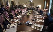 Cuộc họp không phụ nữ giữa thái tử Arab Saudi và Trump gây chỉ trích