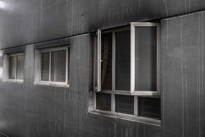 Bên trong chung cư Carina sau vụ cháy làm 13 người chết