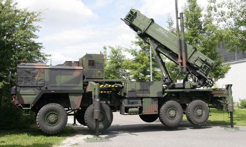 Xe bệ phóng của tổ hợp Patriot PAC-3. Ảnh: Military Edge.