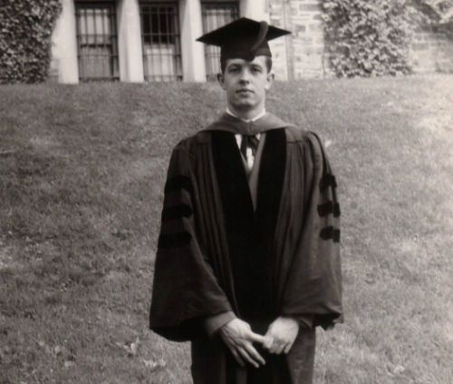 John Nash trong ngày tốt nghiệp tiến sĩ ở Princeton năm 1950. Ảnh:The New York Times