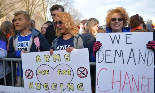 Những người đến sớm dự tuần hành tại Washington. Ảnh: AFP.