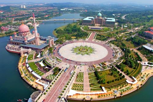 Thành phố Putrajaya nhìn từ trên cao. Ảnh: Utasan
