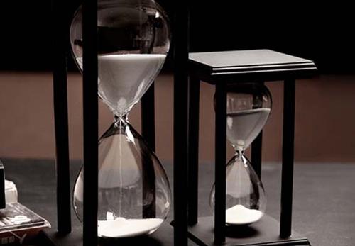 Đồng hồ cát.