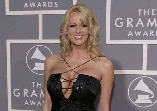 Stormy Daniels xuất hiện tại lễ trao giải Grammy năm 2007. Ảnh: AP.