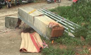 Cổng trường đổ đè tử vong một học sinh ở Lào Cai