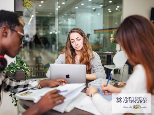 Sinh viên tốt nghiệp chuyên ngành công nghệ thông tin tại Đại học Greenwich (Việt Nam) có nhiều cơ hội việc làm.