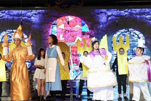 Công diễn vở nhạc kịch Người đẹp và Quái vật tại Trường BIS Hà Nội - 1