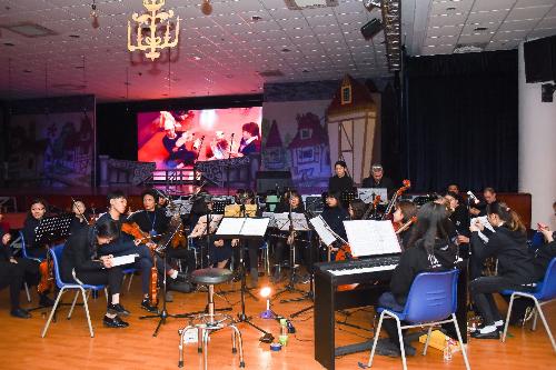 Công diễn vở nhạc kịch Người đẹp và Quái vật tại Trường BIS Hà Nội - 2