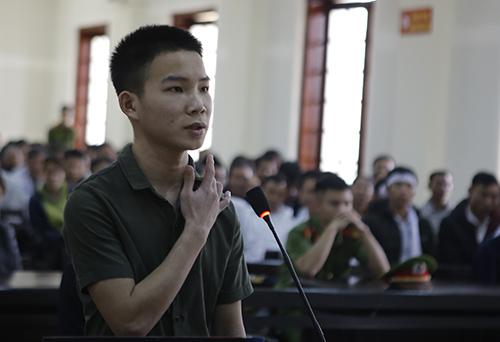 Bị cáo Nguyễn Doãn Vinh. Ảnh: Hải Bình.