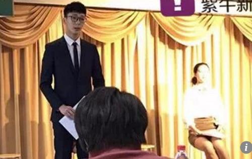 Nam sinh Trung Quốc làm dậy sóng mạng xã hội khi nêu rõ lý do thi vào Đại học Phụ nữ Trung Quốc để tìm bạn gái.