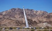 Nhà khoa học phóng tên lửa tự chế để chứng minh Trái Đất phẳng