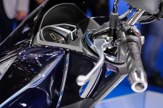 Honda PCX Hybrid - xe ga xăng lai điện đầu tiên trên thế giới