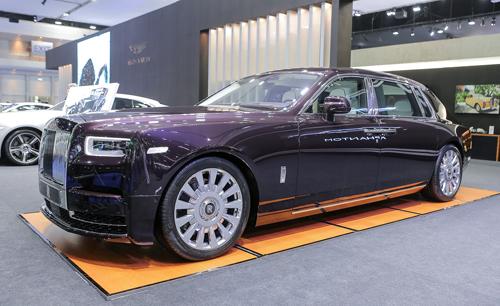 Rolls-Royce Phantom trục cơ sở kéo dài tại Thái Lan. Ảnh: Tuấn Cao.