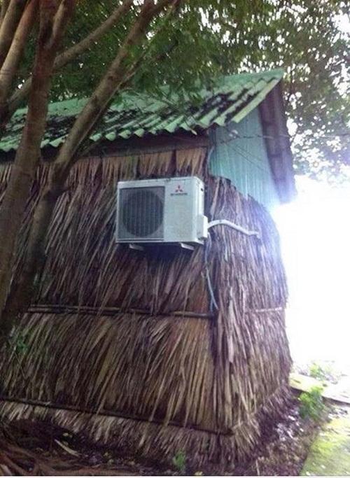Nhà không có gì ngoài điều kiện.