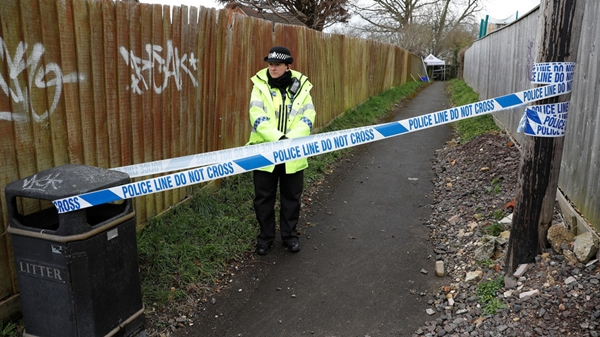 Cảnh sát phong tỏa khu vực gần nhà của Sergei Skripal ở Salisbury, Anh, ngày 28/3. Ảnh: Reuters.