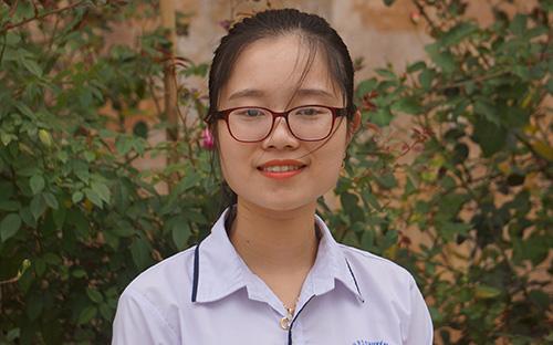 Thành tích học tập của Ngân Hà khiến nhiều học trò xứ Thanh ngưỡng mộ. Ảnh: NVCC.