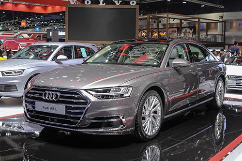 Audi A8L 2018 tại Bangkok Motor Show, Thái Lan.