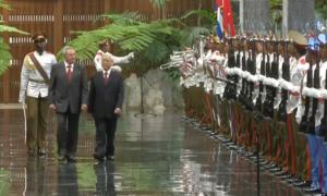 Chủ tịch Raul Castro đón tiếp Tổng Bí thư Nguyễn Phú Trọng