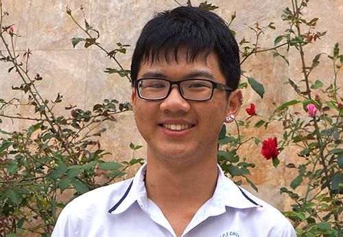 Lê Bá Ninh vừa suất sắc giành học bổng du học Mỹ. Ảnh: L.Sơn.