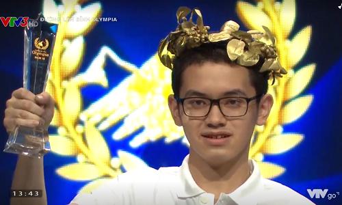 Nguyễn Hoàng Cường là thí sinh đầu tiên có mặt ở vòng thi tháng thứ hai, quý III.Ảnh chụp màn hình