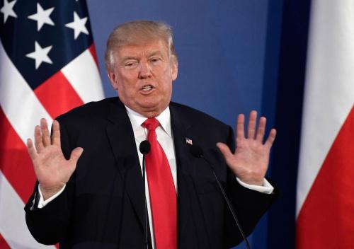 Trump đình chỉ viện trợ 200 triệu đô tái thiết Syria