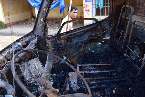 Thiếu niên tử vong sau tai nạn khiến ôtô tải bốc cháy
