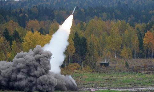 Một tên lửa đánh chặn của Nga khai hỏa. Ảnh: Sputnik.