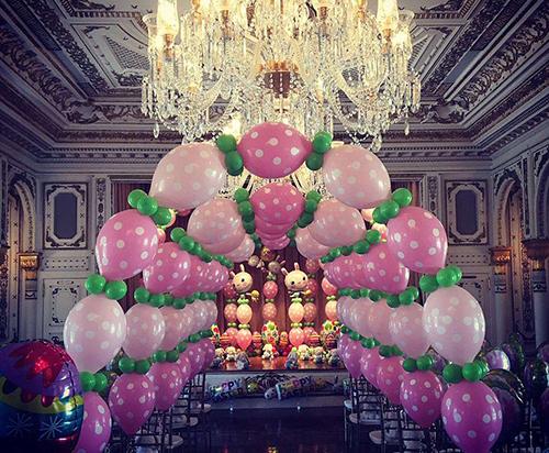 Bà Melania chia sẻ hình ảnhbiệt thự Mar-a-Lago trang trí dịp Lễ Phục sinh. Ảnh: Instagram