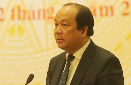 Bộ trưởng Mai Tiến Dũng tại họp báo Chính phủ chiều 2/4. Ảnh: Võ Hải