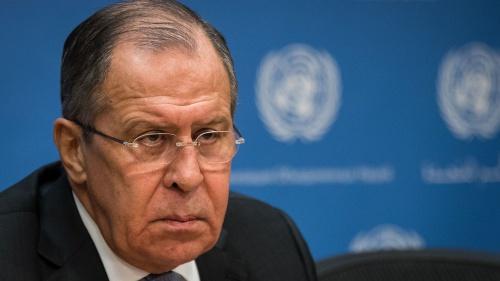 Ngoại trưởng Nga Sergei Lavrov trong cuộc họp báo. Ảnh: SkyNews.