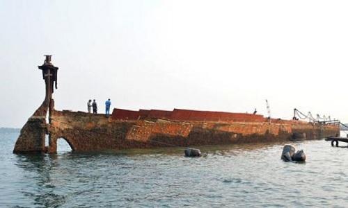 Xác tàu SS Saigang được hải quân Sri Lanka trục vớt. Ảnh: Fox News.