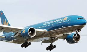 Máy bay Vietnam Airlines hạ cánh khẩn cấp vì khách co giật