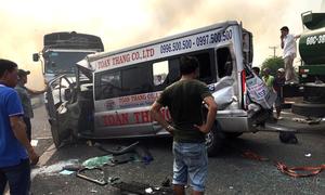 Nhiều ôtô đâm nhau trên cao tốc Long Thành vì khói