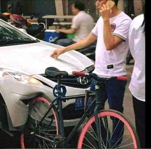 Xe đạp siêu bền.